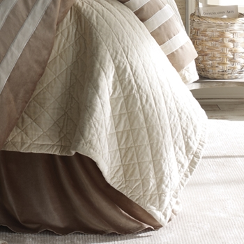 TC/ Ivory Chloe Quilt Cover