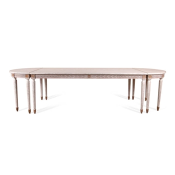 Guillaume Table 124W/41D/30H