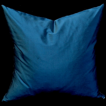37. Shantung Cushion Lapis 18SQ