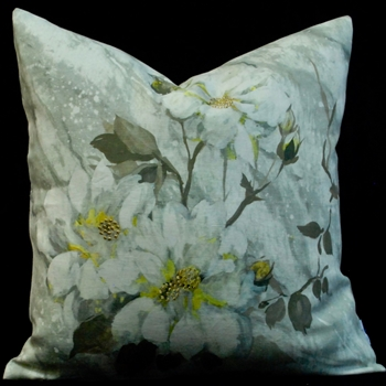 47. Carrara Fiore Platinum Cushion 20SQ