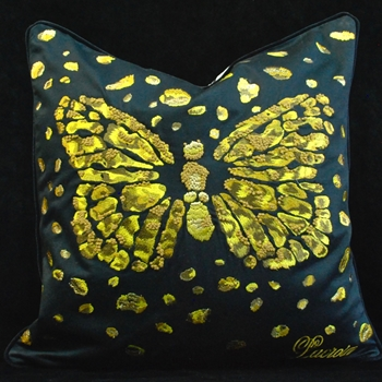 61. Le Messager Iris Cushion  20SQ