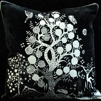 16. Clairiere Primevere Cushion 18SQ