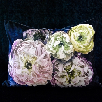37. Le Poeme Cushion Midnight 24W/18H